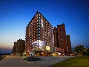 沈阳南站市政府亚朵酒店图片