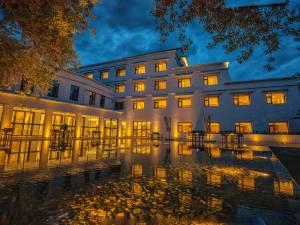 拉萨平措康桑自驾圣地富氧国际度假酒店图片
