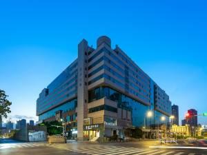 丽呈睿轩武汉汉口火车站酒店图片