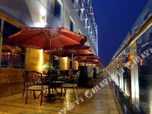 Huanuo Xinjinglun International Hotel
