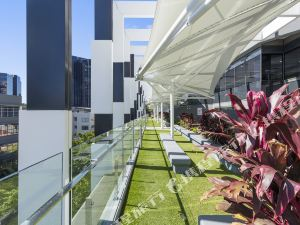 Meriton Serviced Apartments - Herschel Street