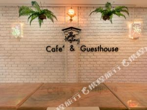 The History Cafe' & Guesthouse Sukhothai