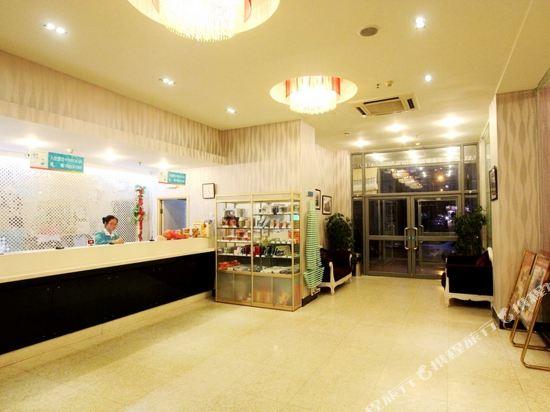 Jinjiang Inn Qingdao Wu Si Square Nanjing Road Hotel - room photo 8854019