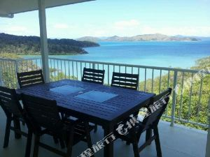 Passage Avenue -Whitsunday Suite - Shute Harbour