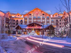 长白山万达喜来登度假酒店1晚+部分房型含双人完美滑雪+长白山机场接送&可加购长白山北景区门票・驰骋天然雪道【雪季特惠 假日早订】