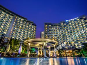 【三亚湾亲子酒店】三亚丽禾温德姆酒店1晚,200米亲海直线距离,拥有迷人亲海沙滩!