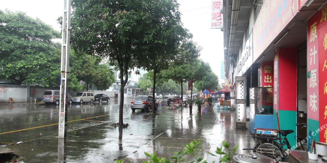 广东省东莞市厚街镇汀山村汀山广场路20号图片