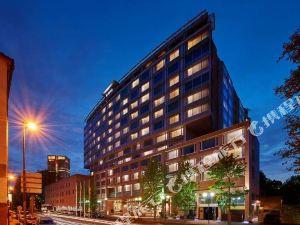 힐튼 프랑크푸르트 호텔 (Hilton Frankfurt)
