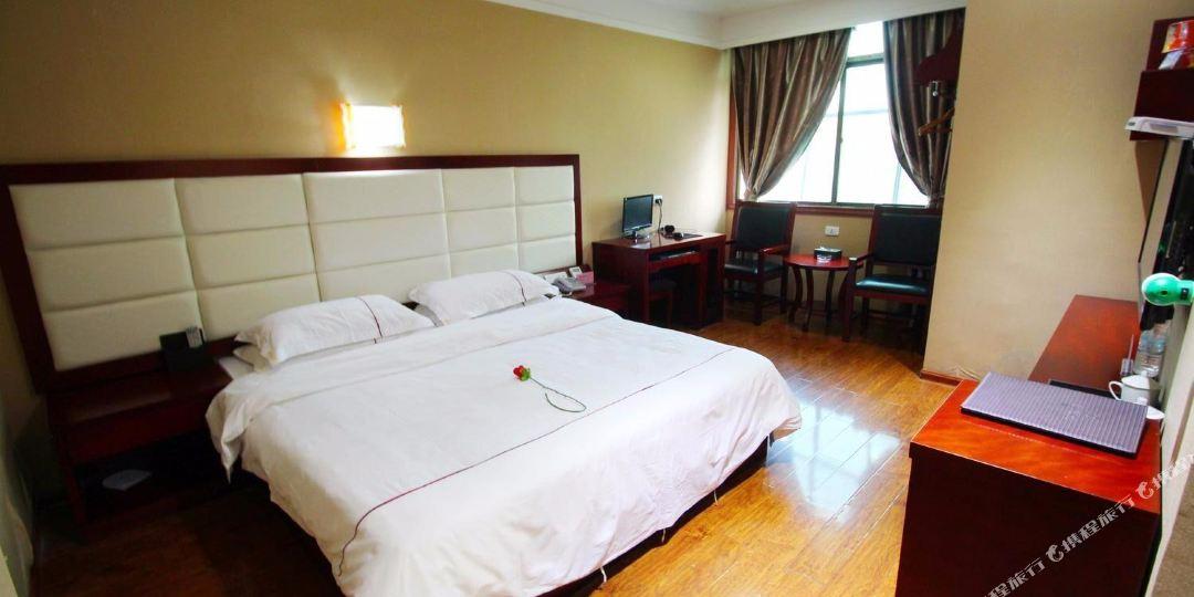修江半岛大酒店
