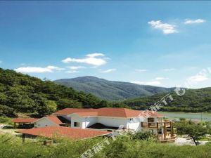 江原道快樂森林酒店(Happy forest Gangwondo) 洪川郡
