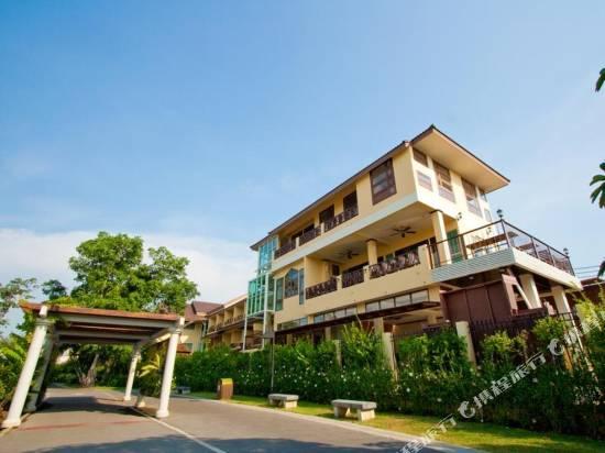 素帆湖別墅酒店