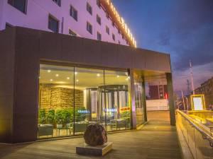 名人羽吉藏茶酒店(长春会展中心店)图片