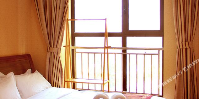 拜登公寓(青岛金沙滩)1晚 青岛森林野生动物世界门票