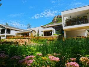 平山黄金寨酒店图片