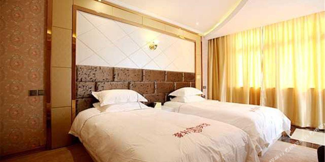 背景墙 房间 家居 酒店 设计 卧室 卧室装修 现代 装修 1080_540