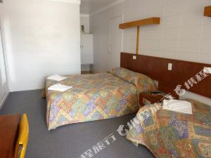 Innisfail City Motel
