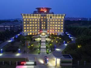 武汉天河机场东希尔顿欢朋酒店图片