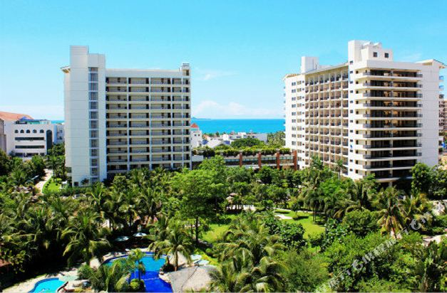 市辖区 >> 酒店   地址(位置,怎么去,怎么走):  三亚湾路163号海坡