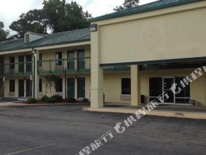 Econo Lodge Picayune