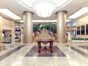 가든 팰리스 호텔  수라바야