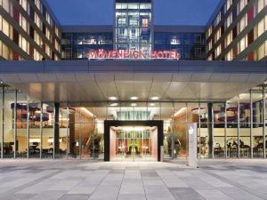 Movenpick Hotel Stuttgart Airport and Messe