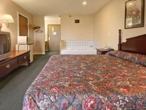 Americas Best Value Inn-Galesburg