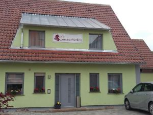 Pension am Weinberg Bed & Breakfast