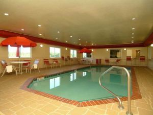 Comfort Suites Searcy