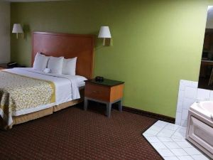 Days Inn - Fort Dodge