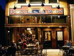 Pikk's Inn