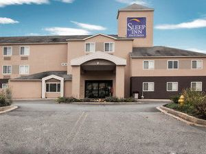 슬립 인 에지우드 (Sleep Inn & Suites Edgewood Near Aberdeen Proving Grounds)