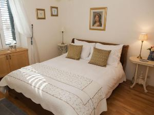 Boutique Guest Accommodation Zephyrus