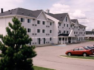 Lakeview Inn and Suites - Bathurst