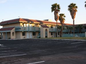 Days Inn & Suites Needles