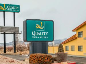 Quality Inn & Suites Grants