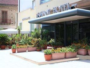 사반트 호텔 (Savant Hotel)
