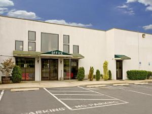 America's Best Value Inn - Cambridge
