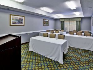 Country Inn & Suites by Carlson Monroeville