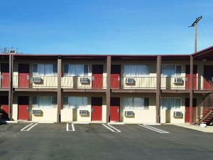 Red Roof Inn Mojave