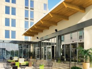 Aloft Portland Airport Hotel at Cascade Station