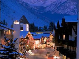 Lodge at Vail, A RockResort