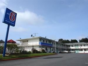 Motel 6 Arcata - Humboldt University