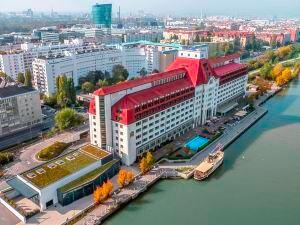 힐튼 비엔나 다누브 워터프론트 (Hilton Vienna Danube Waterfront)