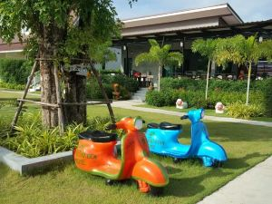 Grand Garden Home Resort Buriram