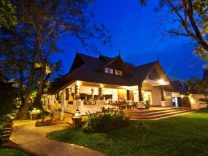 레전드 치앙 라이 호텔 (The Legend Chiang Rai Boutique River Resort and Spa)