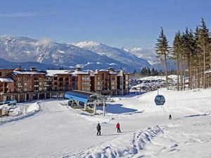 Sutton Place Hotel Revelstoke Mountain Resort