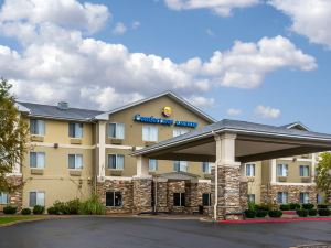 컴포트 인 앤 스위트 (Comfort Inn & Suites Pittsburg)