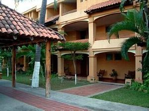 마가리타스 호텔 앤드 테니스 클럽(Margaritas Hotel and Tennis Club)