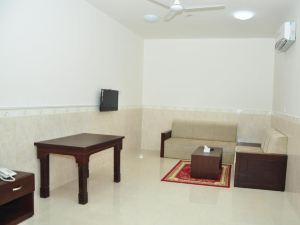 Star Emirates Furnished Apartments 2