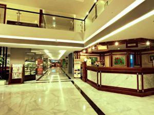 Hotel Prima Cirebon 치레본